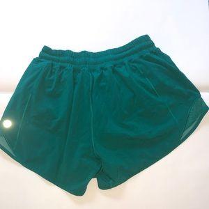 Size 6 Lululemon shorts